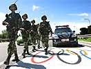 奥运专用道武装处突车