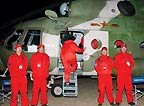 寻找神七飞船返回舱的医疗救护队