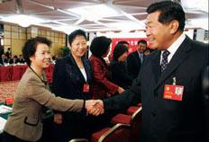 2007年10月15日,姜淑清主任医师作为北京市卫生系统唯一的党代表参加中国共产党第十七次代表大会,受到中共中央政治局常委、全国政协主席贾庆林的亲切接见。